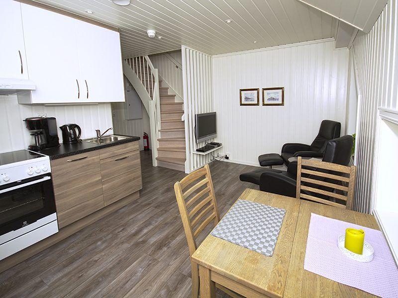 Angelreisen Norwegen 43556-557 Sørheim Brygge Küche, Essen, Wohnen