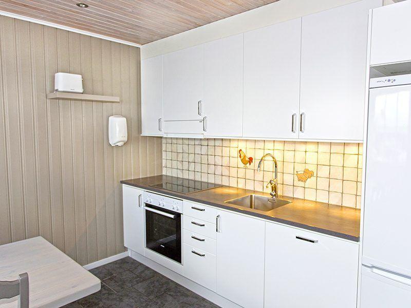 Angelreisen Norwegen 43561-562 Koppangen Brygger Küche