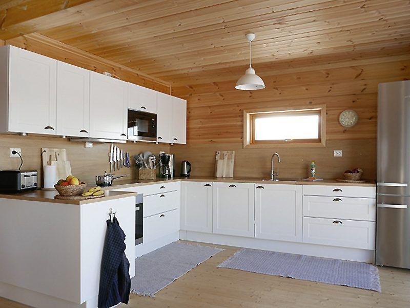 Angelreisen Norwegen 43811-43812 Mikkelvik Brygge Häuser Küche