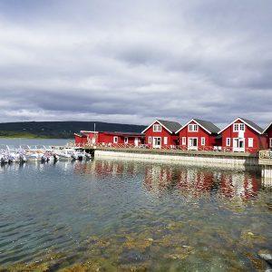 Angelreisen Norwegen 43571-43575 XLyngen Ansicht mit Hafen