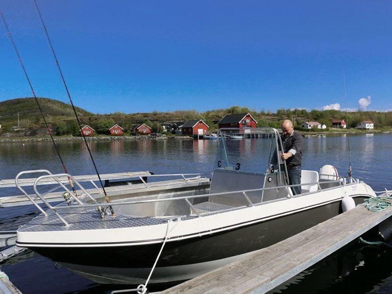 "Ankeret - Aluboot ""Kværnø"" 20 Fuß / 75 PS mit Echolot und Kartenplotter"