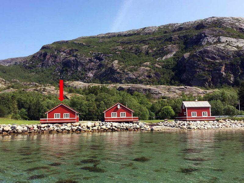 Angelreisen Norwegen 43013 Visthus Rorbuer Ansicht vom Wasser