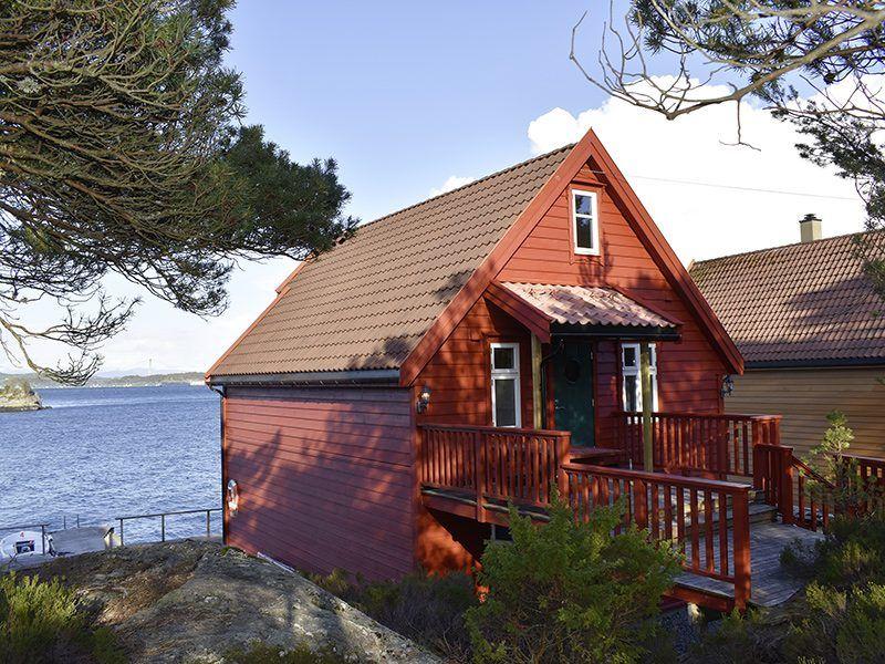 Angelreisen Norwegen 41122 Gassasundet Rorbuer Ansicht von hinten