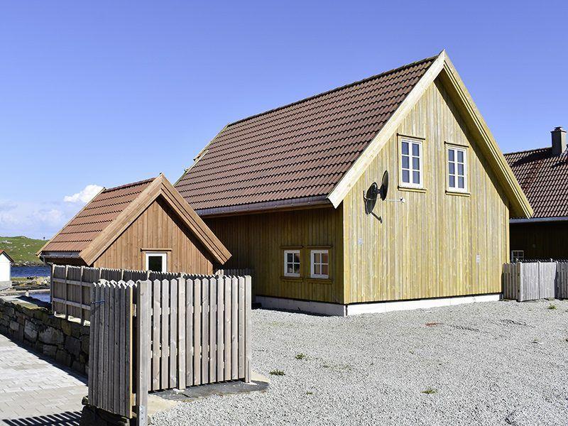 Angelreisen Norwegen 40324 Kvitsøy Seehaus Knut Rückansicht