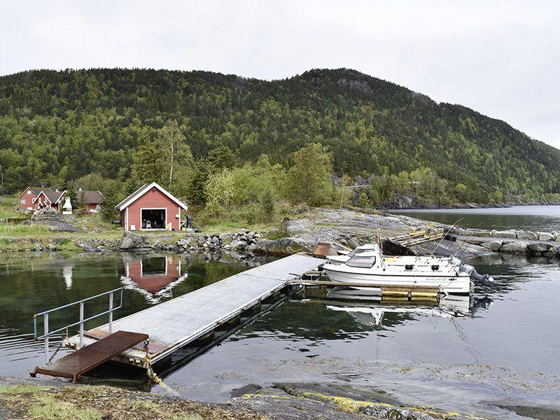 Angelreisen Norwegen 40603-40604 Hebnes Hafen