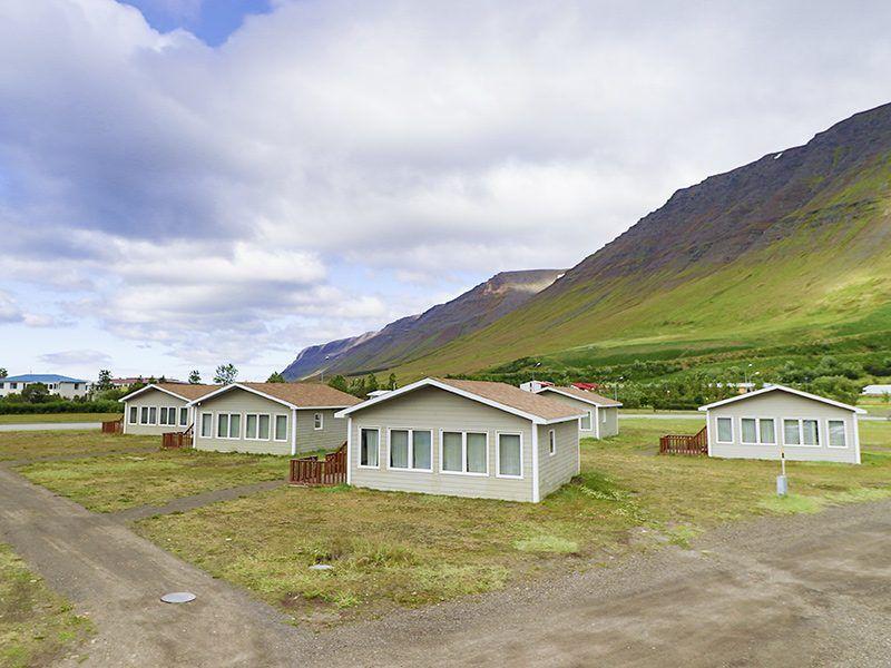 Angelreisen Island 6000 Flateyri Standardhäuser Ansicht