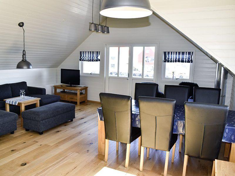 Angelreisen Norwegen 40322 Kvitsøy Seehaus Mirjam Wohnen + Essen