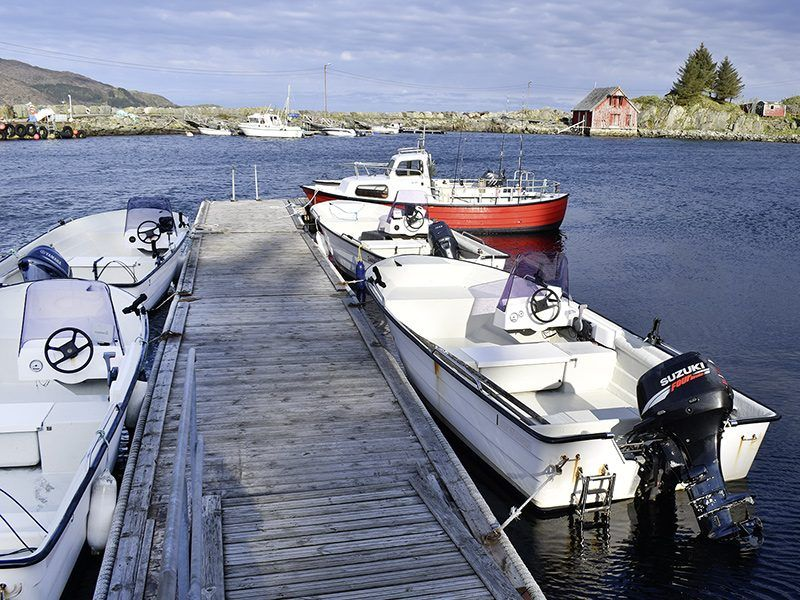Angelreisen Norwegen 41542-41545 Bakkevik Brygge Boote
