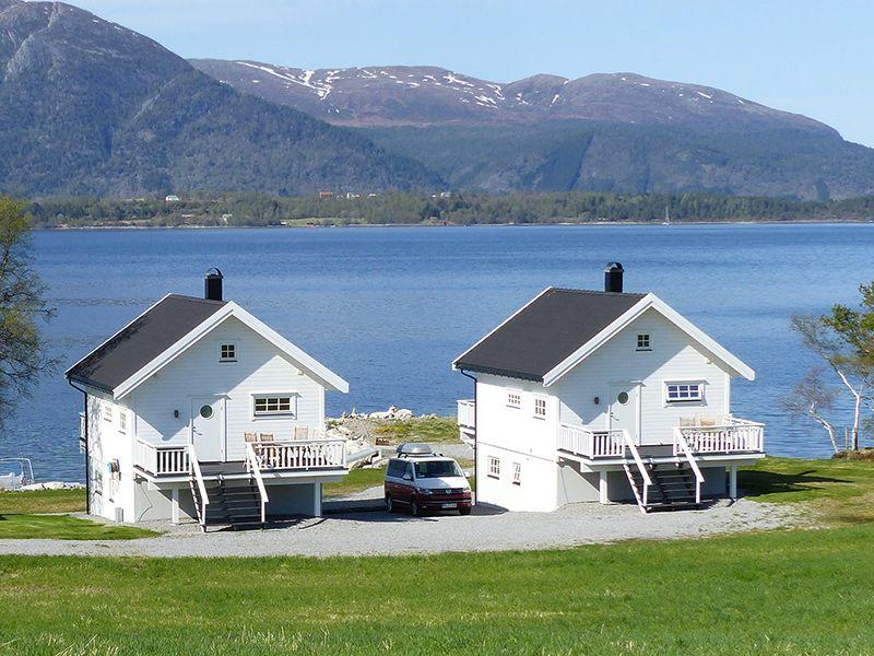 Angelreisen Norwegen 41773-774 Ferienhäuser Nerås Rückansicht