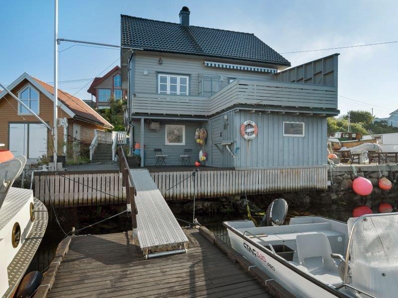 Angelreisen Norwegen 40700 Ferienhaus Karmøy Ansicht vom Bootssteg