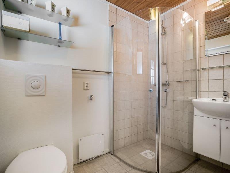 Angelreisen Norwegen 40700 Ferienhaus Karmøy Bad mit Dusche
