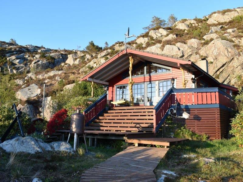 Angelreisen Norwegen 41020 Haus Draumen Frontansicht