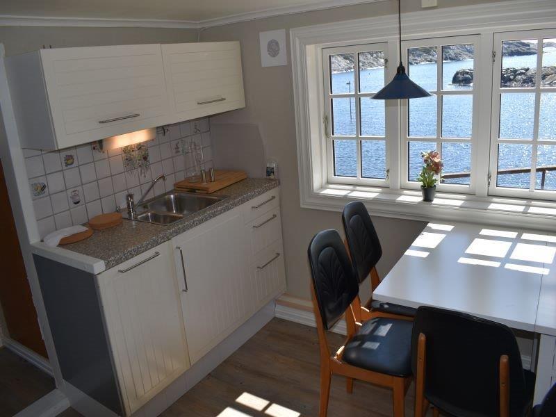 Angelreisen Norwegen 41172 Stangeneset Gjestebrygge Küche, Essplatz