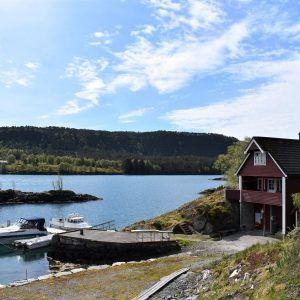 Angelreisen Norwegen 41351 Austgulen Fjordhytter Ansicht mit Hafen