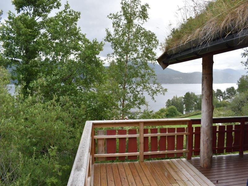 Angelreisen Norwegen 41872 Nesøya Brygge Terrasse mit Aussicht