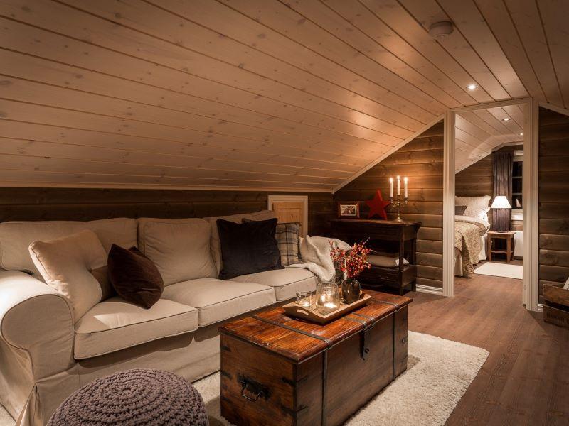 Angelreisen Norwegen Gaupsundet Feriehytter Cottage Wohnbereich im Loft Beispiel