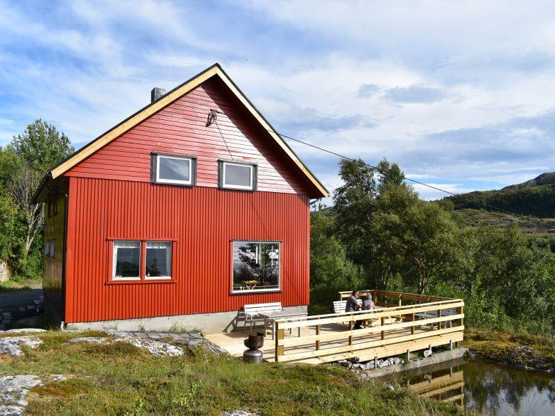 Angelreisen Norwegen 42442 Nord-Flatanger Utvorda Ansicht von vorn