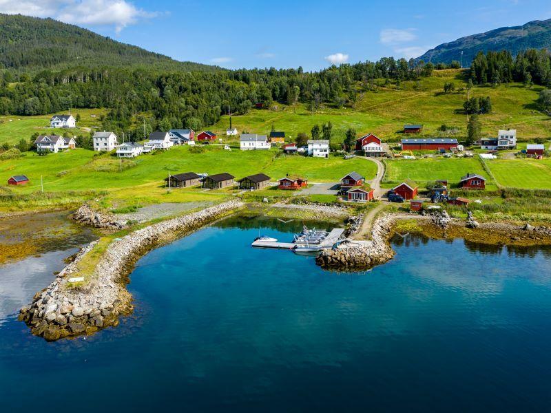 Angelreisen Norwegen 43501-43508 Lavangen Sjøfiske Ansicht vom Wasser