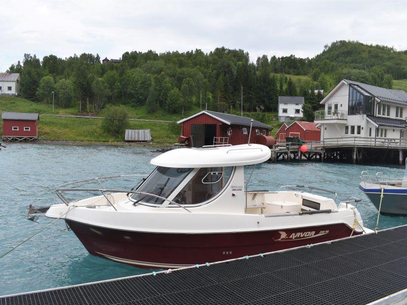 Angelreisen Norwegen Boote 43561-43564 Koppangen Brygger Kabinendieselboot Arvor 24 Fuß, 150 PS, Echolot, Kartenplotter