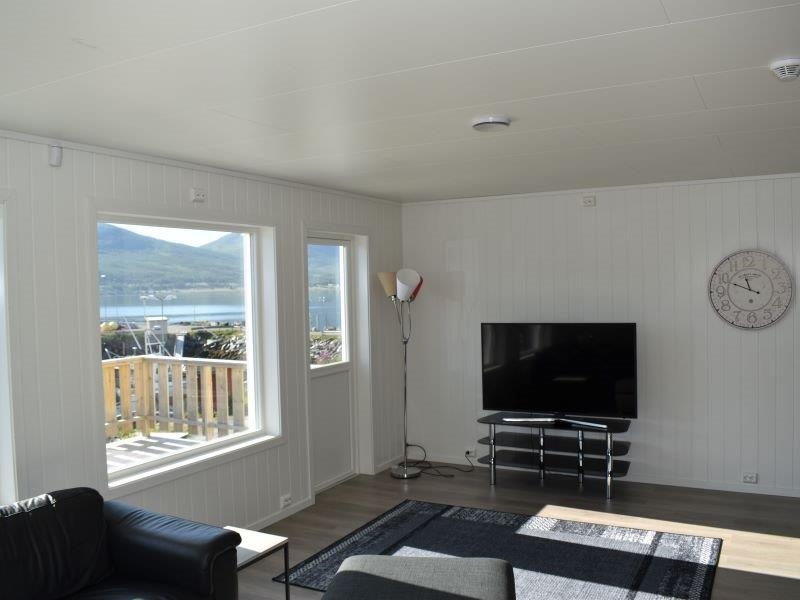 Angelreisen Norwegen 43604 Hansnes Havfiske Wohnbereich mit Aussicht