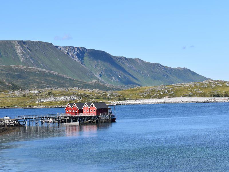 Angelreisen Norwegen 43911-43912 Vannøya Havfiske Panorama im Sommer
