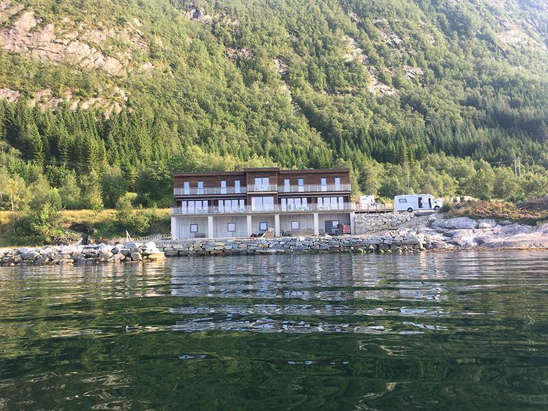 Angelreisen Norwegen 41395-41399 Sognefjord Panorama Ansicht vom Wasser