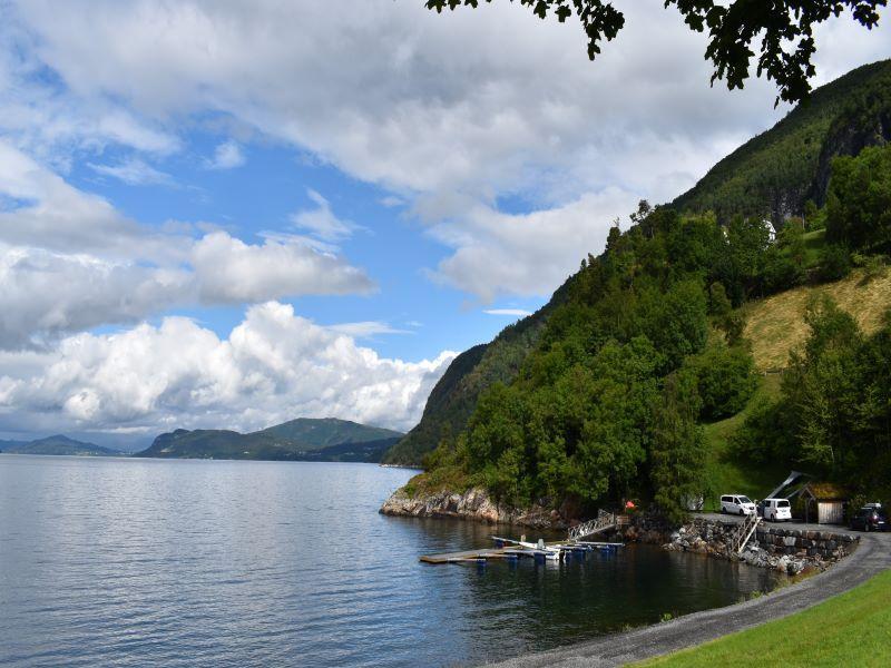 Angelreisen Norwegen 41680 Haus Storfjord Panorama mit Hafen