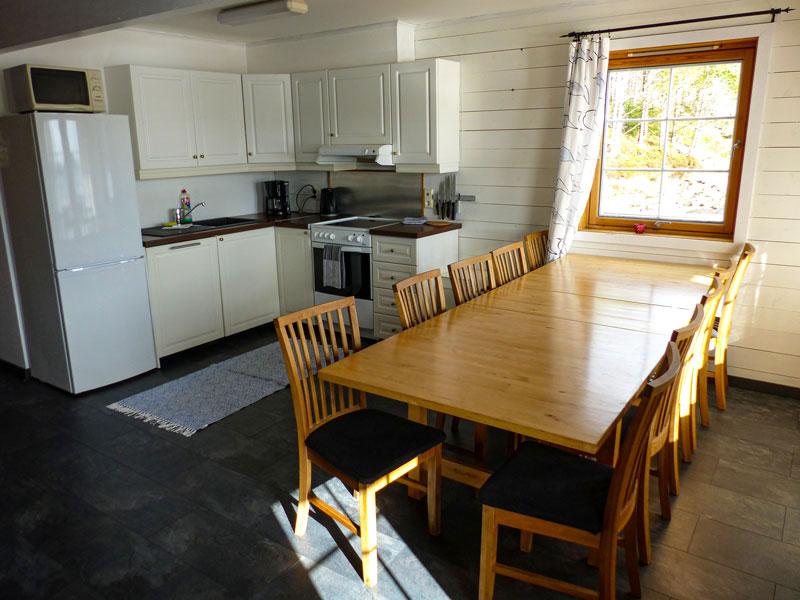 Angelreisen Norwegen 41321-41324 Essplatz und Küche