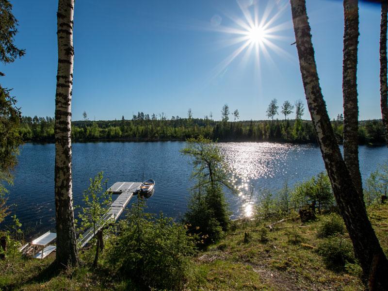 Angelreisen Schweden 7081-7082 Booststeg mit Sonne